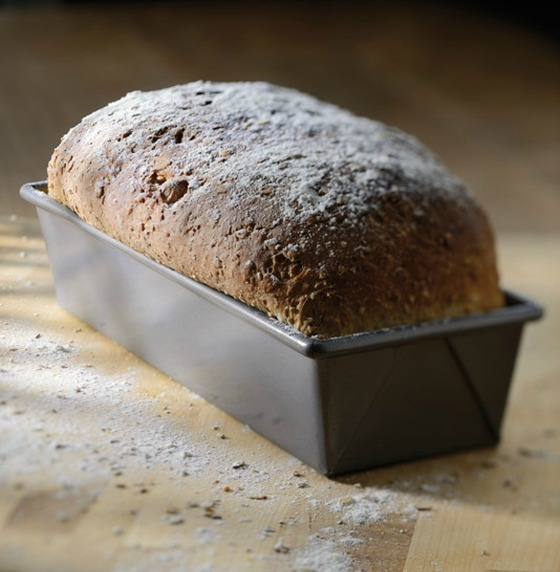 KA_TLD_bakeware_snackingloafpan_061pc