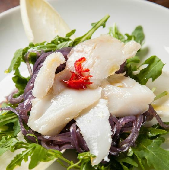 Fratelli_salada de cebola roxa confit e bacalhau _Rodigo Castro5