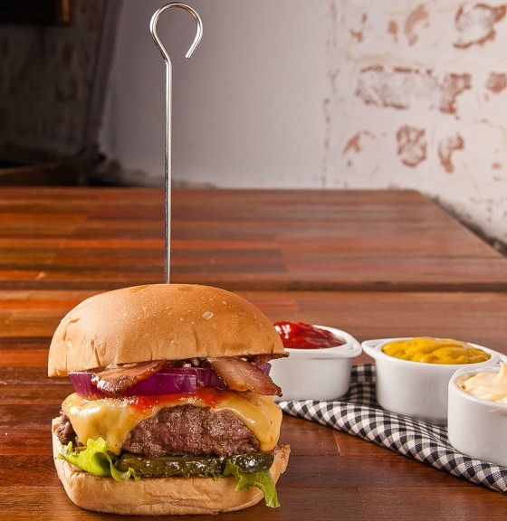 Holy Burger (3)