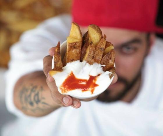 Chefs na Rua - Chef-Pedro-Vita-brado-restaurante-Batatas-bravas