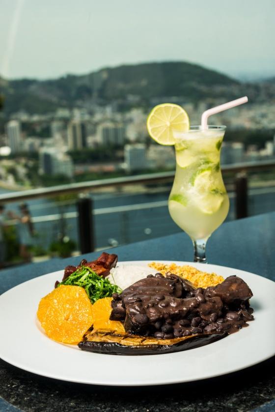 Cota 20 Restaurante_Feijoada_Credito Tomas Rangel (3)_resize.jpg