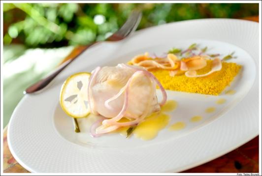 Bistrot de Paris_Pirarucu a la Citronnelle%2c Riz Basmati à la noix de coco_Tadeu Brunelli.jpg